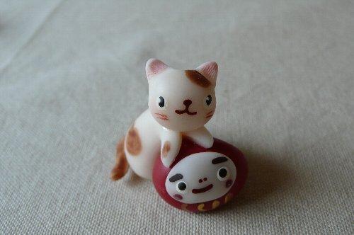 画像1: だるま猫(ブチ)