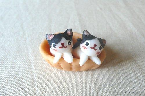 画像1: バスケット猫2匹D