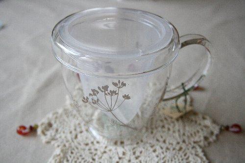 画像1: ハーブティマグカップ(ハーブ柄ベージュ)