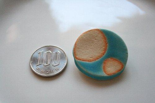 画像1: 陶器ブローチ 満月
